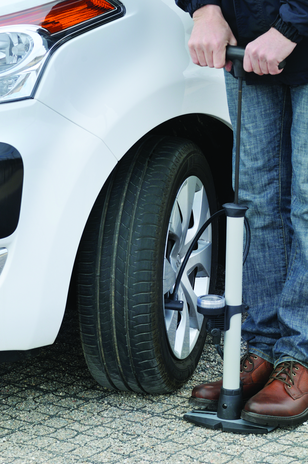 Warning Signs a Tire is About to Go Flat