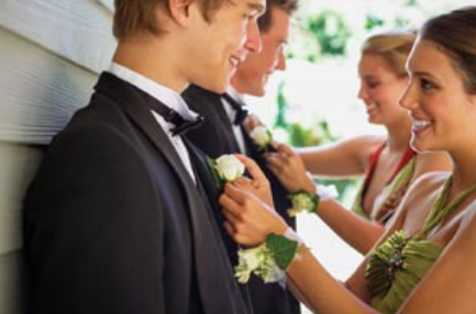 Cut Prom Costs Without Cutting Fun