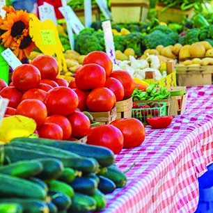 The Benefits of Shopping Farmers Markets