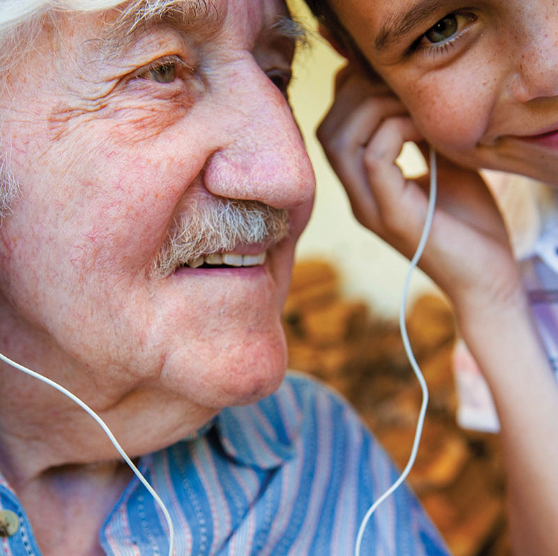 The Health Benefits of Grandparent-Grandchild Relationships