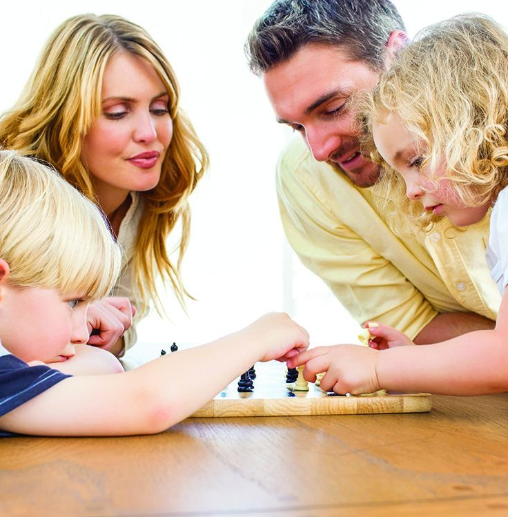 4 Ideas for Family Game Night