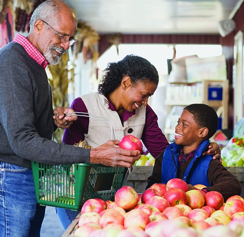 The Various Advantages to Shopping Locally